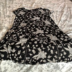 Old Navy Black and White Patterned Swing Dress